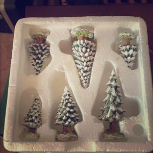 Dept 56 village collection trees